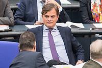 08 NOV 2018, BERLIN/GERMANY:<br /> Dr. bernd Baumann, MdB, AfD, 1. Parl. Geschaeftsfuehrer, Bundestagsdebatte zum Gesetzentwurf der Bundesregierung ueber Leistungsverbesserungen und Stabilisierung in der gesetzlichen Rentenversicherung, Plenum, Deutscher Bundestag<br /> IMAGE: 20181108-01-021<br /> KEYWORDS: Sitzung