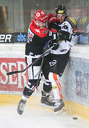 27.09.2015, Tiroler Wasserkraft Arena, Innsbruck, AUT, EBEL, HC TWK Innsbruck Die Haie vs Dornbirner Eishockey Club, 6. Runde, im Bild vl.: Max Steinacher (HC TWK Innsbruck Die Haie), Kevin Macierzynski (Dornbirner Eishockey Club)// during the Erste Bank Icehockey League 6th round match between HC TWK Innsbruck Die Haie and Dornbirner Eishockey Club at the Tiroler Wasserkraft Arena in Innsbruck, Austria on 2015/09/27. EXPA Pictures © 2015, PhotoCredit: EXPA/ Jakob Gruber