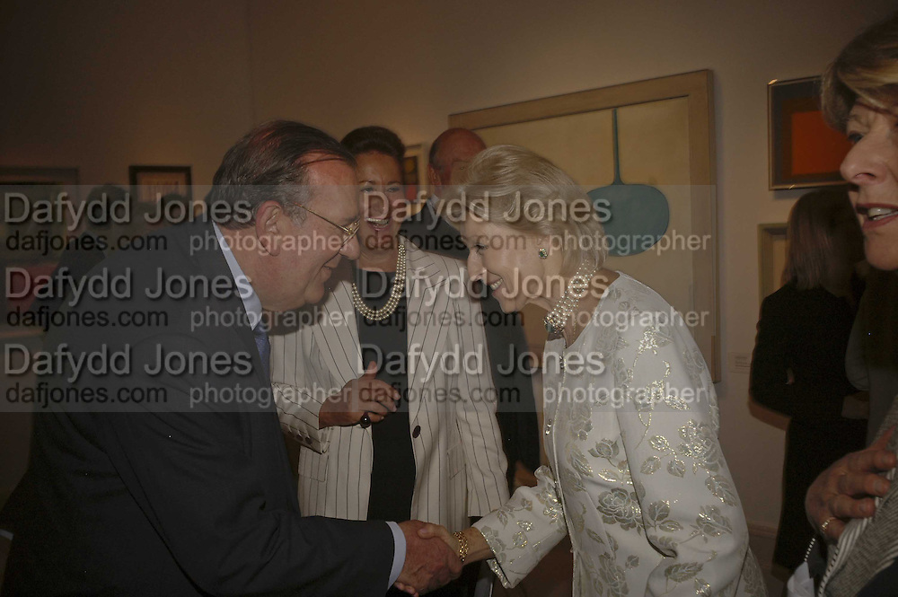 Richard Green, Penny Marks and Princess Alexandra, , The opening  day of the Grosvenor House Art and Antiques Fair.  Grosvenor House. Park Lane. London. 14 June 2006. ONE TIME USE ONLY - DO NOT ARCHIVE  © Copyright Photograph by Dafydd Jones 66 Stockwell Park Rd. London SW9 0DA Tel 020 7733 0108 www.dafjones.com