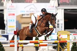 Kayser, Julia (AUT) Sterrehof´s Ushi<br /> Münster - Turnier der Sieger 2016<br /> © www.sportfotos-lafrentz.de
