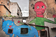 Palermo, quartiere Borgo vecchio, periferia degradata nel cuore della citt&agrave;, murales dipinti su ispirazione dei disegni dei bambini.<br /> Palermo: &quot;Borgo Vecchio district&quot; deprived suburb within the heart of the city, murales painted by the artist Ema inspired by the drawings of the children of the district