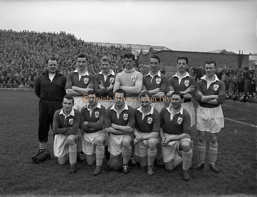 18/03/1957<br /> 03/18/1957<br /> 18 March 1957<br /> Soccer: League of Ireland v Irish League at Dalymount Park, Dublin. The League of Ireland team.