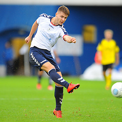 TELFORD COPYRIGHT MIKE SHERIDAN 13/10/2018 - John McAtee of AFC Telford shoots during the Vanarama National League North fixture between AFC Telford United and Chorley
