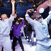 Nederland, Amsterdam , 1 februari 2014.<br /> Pop Arts Festival in theater Bellevue.<br /> Het Pop Arts Festival is een initiatief van Theater Bellevue, De Krakeling en Ostadetheater en presenteert het nieuwste op het gebied van poppen- en objecttheater uit binnen- en buitenland. In 2014 viert het festival zijn vijfjarig bestaan en pakt uit met een spannend internationaal programma voor jong en oud. Gedurende de tien dagen van het festival worden de artistieke ontwikkelingen op het gebied van nationaal en internationaal poppen- en objecttheater aan publiek getoond.<br /> Na de openingsvoorstellingen in Theater Bellevue, De Krakeling en Ostadetheater, loopt de openingsavond door Theater Bellevue in de clubnight Puppet Explosion; een vaudeville nachtclub met acts en performances van verschillende makers. <br /> Foto:Jean-Pierre Jans