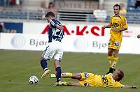 Fotball Cup NM<br />4 Runde <br />Viking Stadion 20/07-06<br />Viking - Bodø Glimt<br />Foto: Sigbjørn Andreas Hofsmo, Digitalsport<br /><br />Runar Berg prøver å tale Nicolai Stockholm