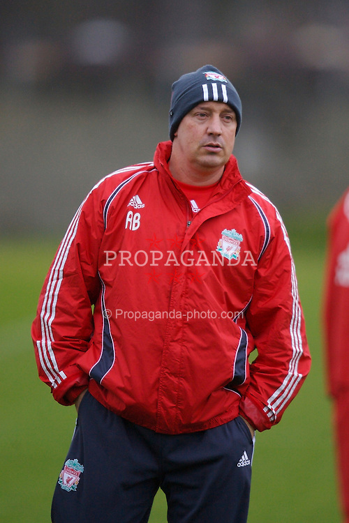 Liverpool, England - Friday, January 1, 2007: Liverpool's manager Rafael Benitez training at Melwood ahead of the all Premiership FA Cup 3rd Round match against Arsenal at Anfield. (Pic by David Rawcliffe/Propaganda)