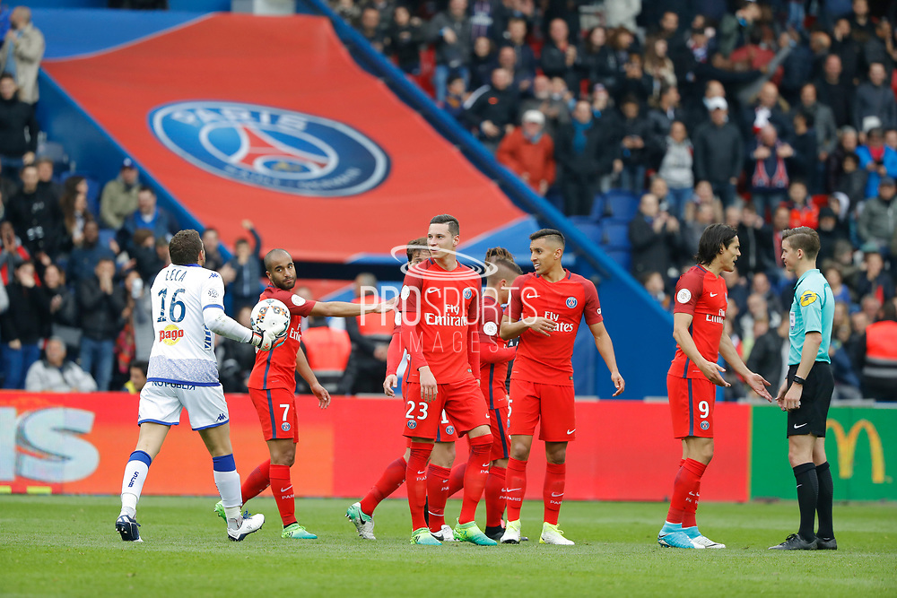 Jean-Louis LECA (SC Bastia) against Marco Verratti (psg) scored the second goal and celebrated it, Lucas Rodrigues Moura da Silva (psg), Julian Draxler (PSG), Marcos Aoas Correa dit Marquinhos (PSG), Maxwell Scherrer Cabelino Andrade (psg), Edinson Roberto Paulo Cavani Gomez (psg) (El Matador) (El Botija) (Florestan) and the referee during the French championship Ligue 1 football match between Paris Saint-Germain (PSG) and Bastia on May 6, 2017 at Parc des Princes Stadium in Paris, France - Photo Stephane Allaman / ProSportsImages / DPPI