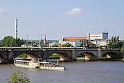 Marienbrücke, Elbe, Dampfer, Dresden, Sachsen, Deutschland. .Marienbruecke, Elbe, steamer, Dresden, Germany