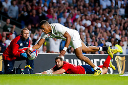 England Winger Anthony Watson scores his second try of the game - Mandatory byline: Rogan Thomson/JMP - 07966 386802 - 15/08/2015 - RUGBY UNION - Twickenham Stadium - London, England - England v France - QBE Internationals 2015.