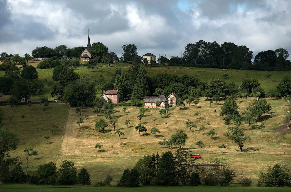 Un paysage de la vall&eacute;e de la Vie. <br /> La Chapelle Haute Grue, France. 31/07/2013.