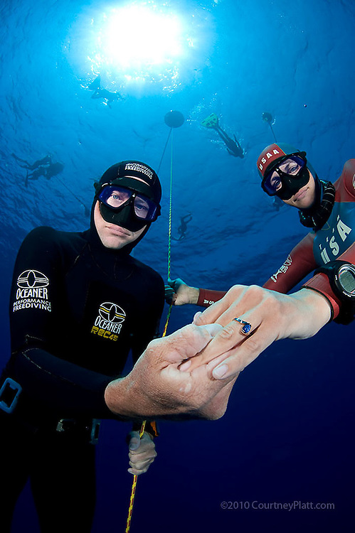 Underwater marriage proposal, Grand Cayman, Cayman Islands by photographer Courtney Platt