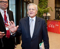 Jean-Claude Trichet, president of the European Central Bank, makes a statement to the media as he departs following the first meeting of the Van Rompuy task force on economic governance, in Brussels, Belgium, on Friday, May 21, 2010. (Photo © Jock Fistick)