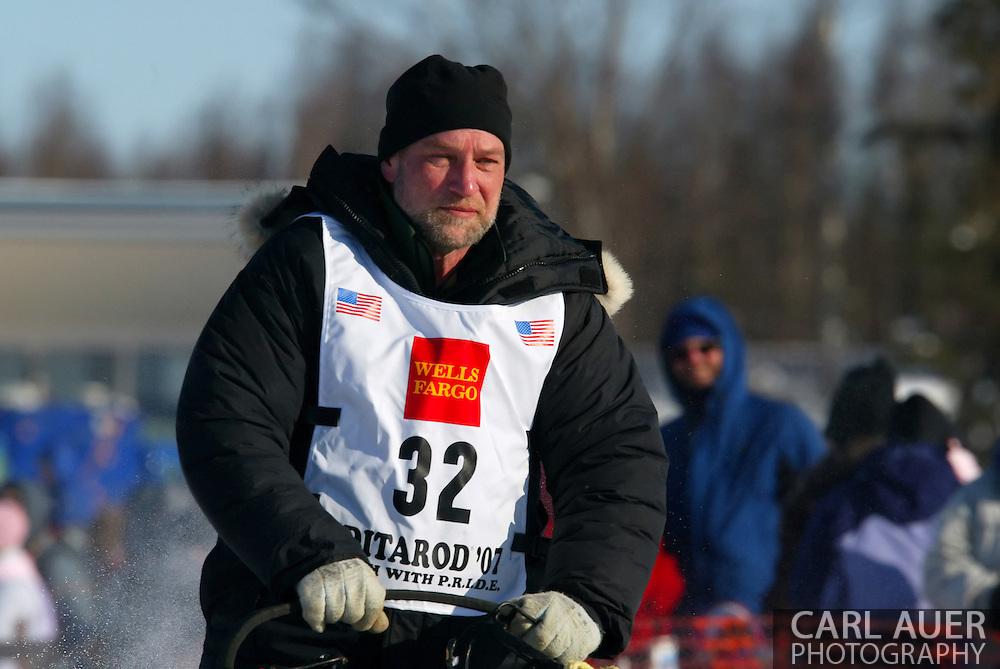 3/4/2007:  Willow, Alaska -  Veteran Dave Tresino of Talkeetna, AK starts the 35th Iditarod Sled Dog Race