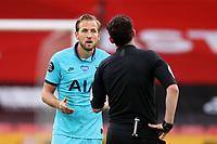 Football - 2019 / 2020 Premier League - Sheffield United vs Tottenham Hotspur<br /> Harry Kane of Tottenham Hotspur speaks with the referee, at Bramall Lane.<br /> <br /> COLORSPORT/PAUL GREENWOOD