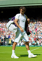LONDON, ENGLAND - Monday, June 21, 2010: Roger Federer (SUI) during the Gentleman's Singles 1st Round on day one of the Wimbledon Lawn Tennis Championships at the All England Lawn Tennis and Croquet Club. (Pic by David Rawcliffe/Propaganda)
