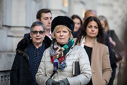 """© Licensed to London News Pictures. 21/01/2019. London, UK. Conservative MP and People's Vote supporter Anna Soubry leads a cross-party group of MPs out of the Cabinet Office after a meeting. Prime Minister Theresa May will update MPs on her Brexit """"Plan B"""" this afternoon. Photo credit: Rob Pinney/LNP"""