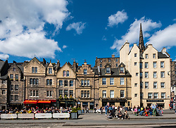View of outdoor bars at Grassmarket in Edinburgh Old Town on sunny afternoon, Edinburgh, Scotland, UK