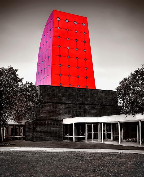 Owens Corning World Headquarters in Toledo, Ohio. Design by Pelli Clarke Pelli, Architects.