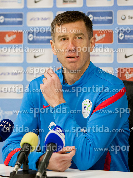 Srecko Katanec, head coach during training session of Slovenian National football team before World Cup Qualifications match against Iceland on March 20, 2013 in SRC Stozice, Ljubljana, Slovenia. (Photo By Urban Urbanc / Sportida.com)