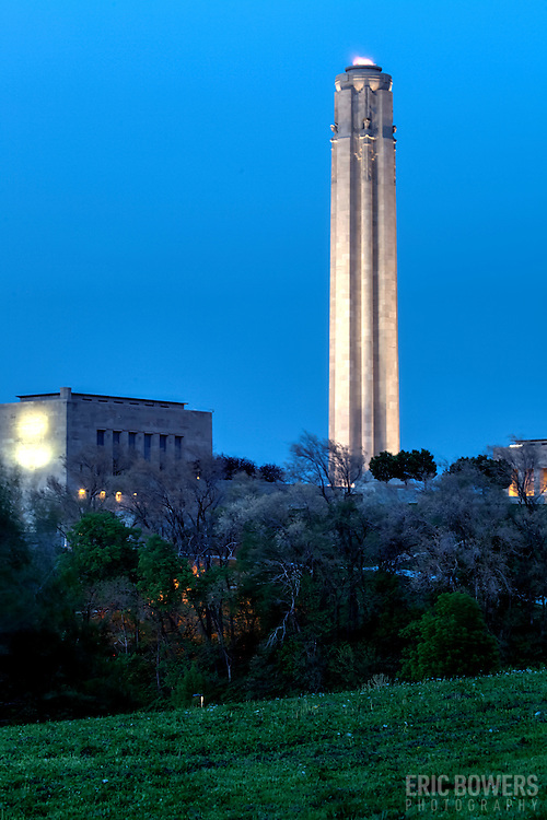 Vertical photo of Liberty Memorial at dusk in Kansas City, MO at dusk.
