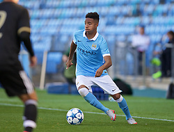 MANCHESTER, ENGLAND - Tuesday, September 15, 2015: Manchester City's Demean Duhaney in action against Juventus during the UEFA Youth League Group D match at the City of Manchester Stadium. (Pic by David Rawcliffe/Propaganda)