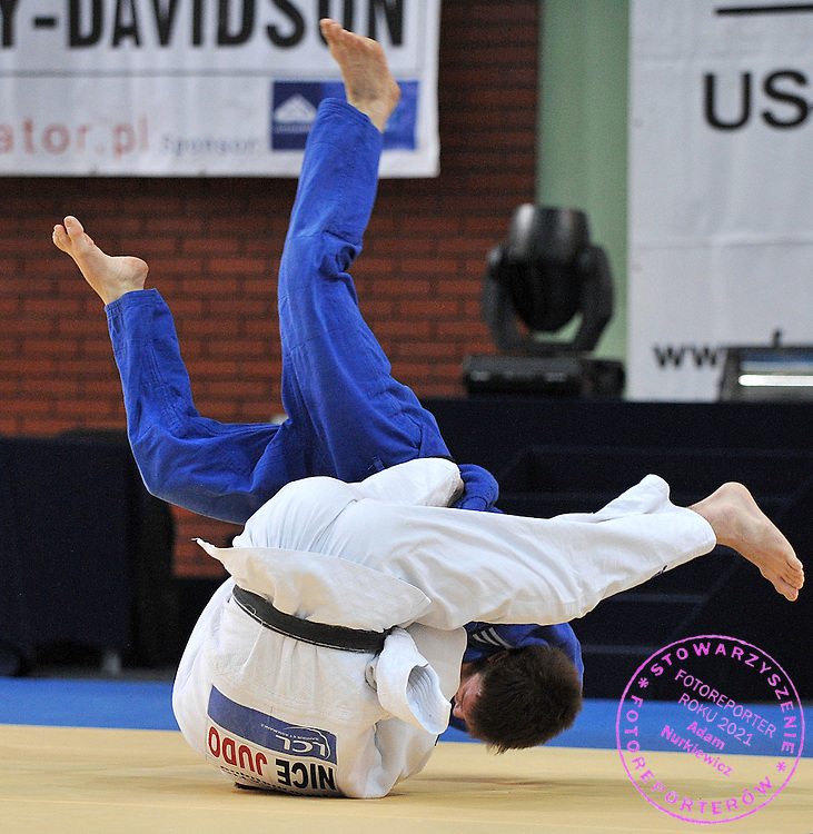 (BLUE) ARIEL KUSKA (POLAND) & (WHITE) JEAN MARC BOUTET (FRANCE) DURING 60 KG WEIGHT CATEGORY FIGHT ON JUDO WORLD CUP MEN AT ARENA URSYNOW HALL IN WARSAW, POLAND...WARSAW , POLAND , FEBRUARY 28, 2009..( PHOTO BY ADAM NURKIEWICZ / MEDIASPORT )..PICTURE ALSO AVAIBLE IN RAW OR TIFF FORMAT ON SPECIAL REQUEST.