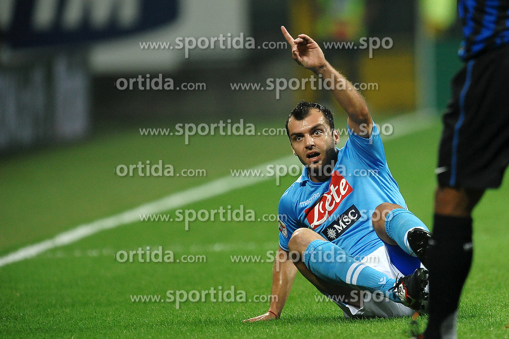 01.10.2011, Giuseppe Meazza Stadion, Mailand, ITA, Serie A, Inter Mailand vs SSC Neapel, im Bild Goran PANDEV Napoli. // during Serie A football match between Inter Milan and Napoli at Giuseppe Meazza Stadium in Milan, Italy on 1/10/2011. EXPA Pictures © 2011, PhotoCredit: EXPA/ InsideFoto/ Andrea Staccioli +++++ ATTENTION - FOR AUSTRIA/(AUT), SLOVENIA/(SLO), SERBIA/(SRB), CROATIA/(CRO), SWISS/(SUI) and SWEDEN/(SWE) CLIENT ONLY +++++