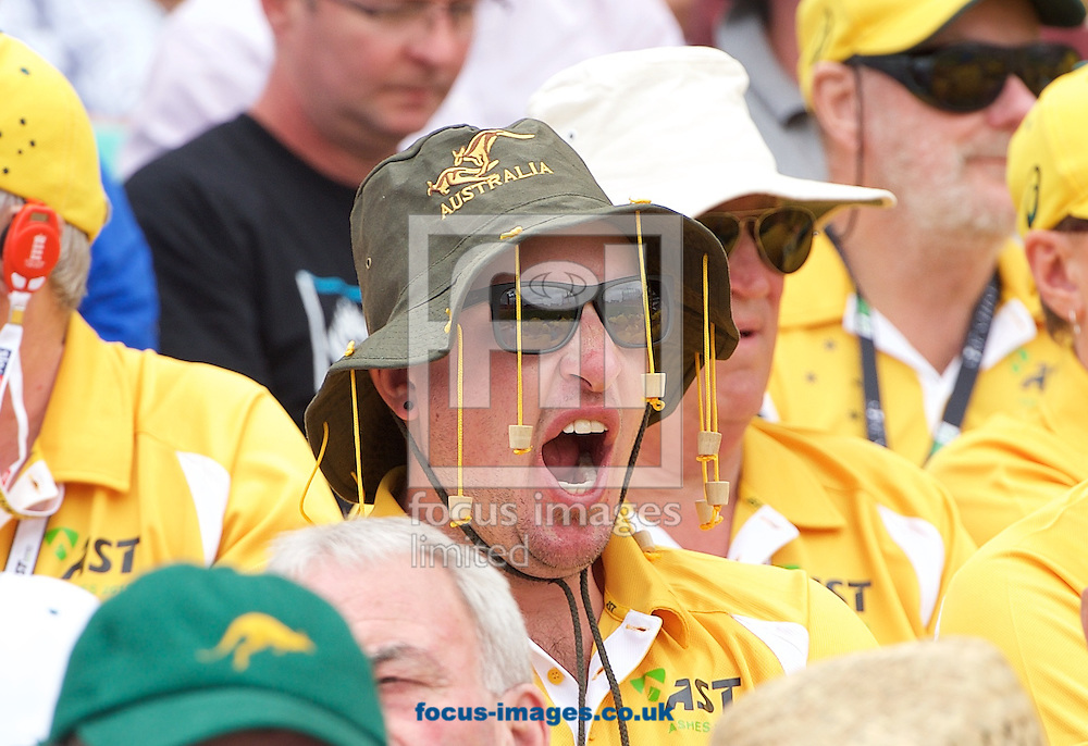 An Australian fan finds it all a bit tiring during the 5th Investec Ashes Test Match match at the Kia Oval, London<br /> Picture by Alan Stanford/Focus Images Ltd +44 7915 056117<br /> 20/08/2015