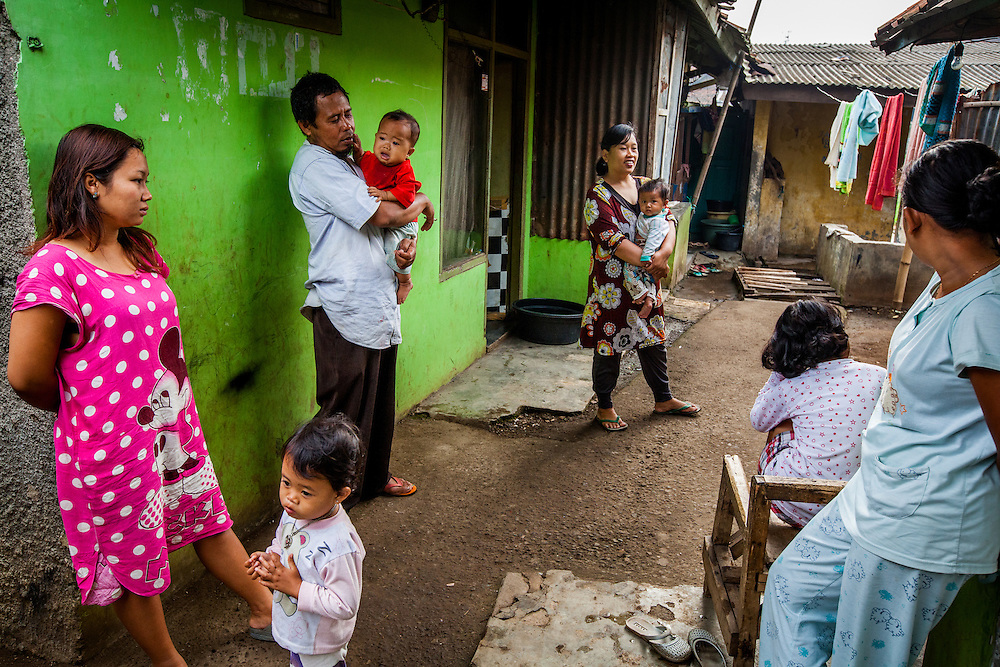 Residents of Ciwalengke Village, Kabupaten Majalaya...Credit: Andri Tambunan for Greenpeace