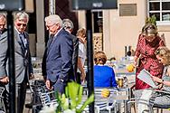 27-9-2017 LUXEMBURG - Elke Buedenbender and German President Frank-Walter Steinmeier, President of Switzerland Doris Leuthard and Roland Hausin, Belgium Queen Mathilde and Belgium King Phillipe, Luxembourg Grand Duke Henri and Luxembourg Grand Duchess Maria Teresa, Alois, Hereditary Prince of Liechtenstein and Sophie, Hereditary Princess of Liechtenstein, Doris Schmidauer and Austrian President Alexander Van der Bellen prior to the 14th informal meeting of the Chiefs of State of the German Speaking countries at the 'Abbaye de Neumunster' in Luxembourg, 27 September 2017. Germany, Austria, Switzerland, Liechtenstein and Belgium are invited to the meeting held in Luxembourg.Copyright robin Utrecht