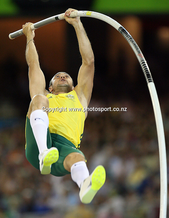 Dmitri Markov (AUS) competes in the Men's Pole Vault final on Day 9 of the XVIII Commonwealth Games at the MCG, Melbourne, Australia on Friday 24 March, 2006. Photo: Hannah Johnston/PHOTOSPORT