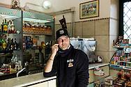 Bagnoli, Italia - 5 gennaio 2012. Narciso Battini, 35, anni, ritratto nel bar che gestisce a Bagnoli..Ph. Roberto Salomone Ag. Controluce.ITALY - Narciso Battini, 35, portrayed in his bar in Bagnoli on January 4, 2012.