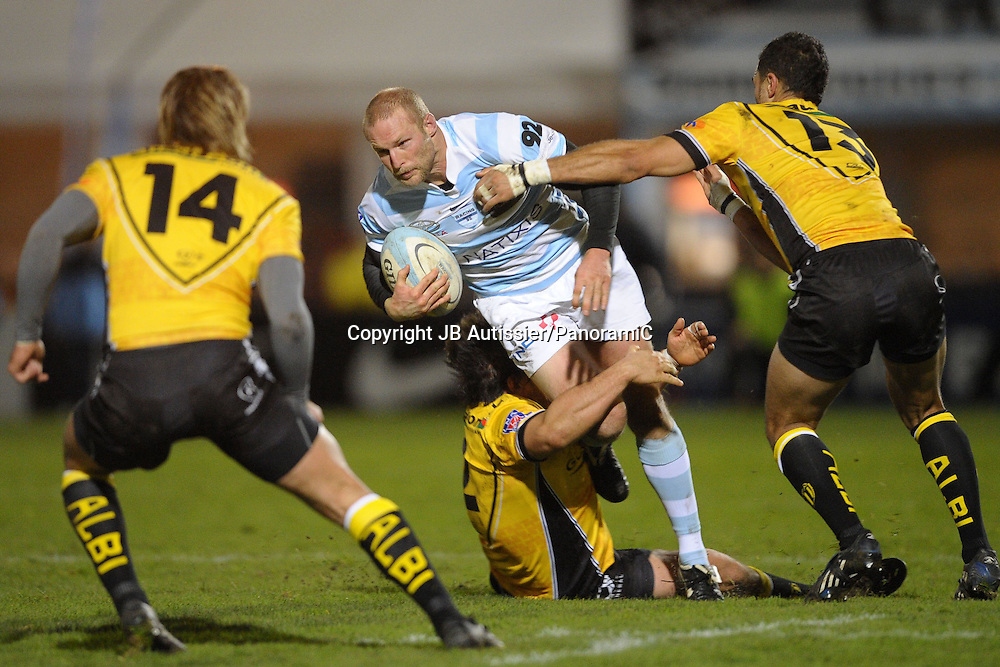 Dan Scarbrough contre John Stewart - Racing Metro 92 / Albi - Top 14 Top14 - Rugby - 27.11.2009 - largeur action duel opposition