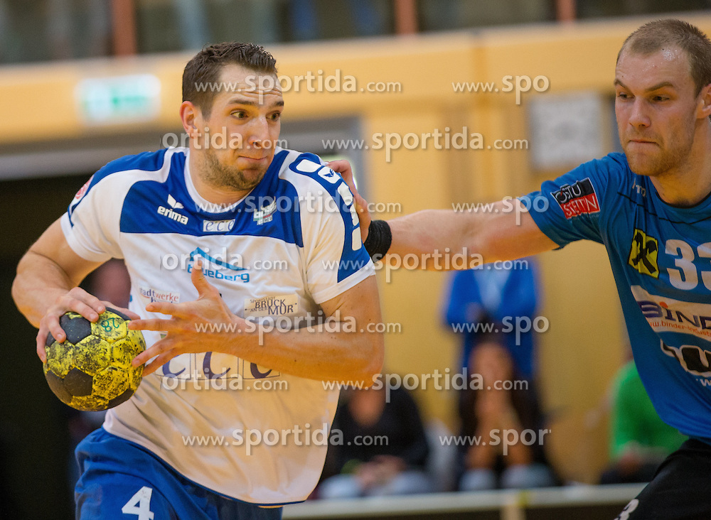 16.10.2015, Sporthalle Leoben-Donawitz, Leoben, AUT, HLA, Union Juri Leoben vs HC ece Bulls Bruck, 8. Runde, im Bild Deni Gasperov (Bruck), Jonas Tauchanovicius (Leoben) // during the Handball League Austria 8th round match between Union Juri Leoben and HC ece Bulls Bruck at the sport Hall, Leoben, Austria on 2015/10/16, EXPA Pictures © 2015, PhotoCredit: EXPA/ Dominik Angerer