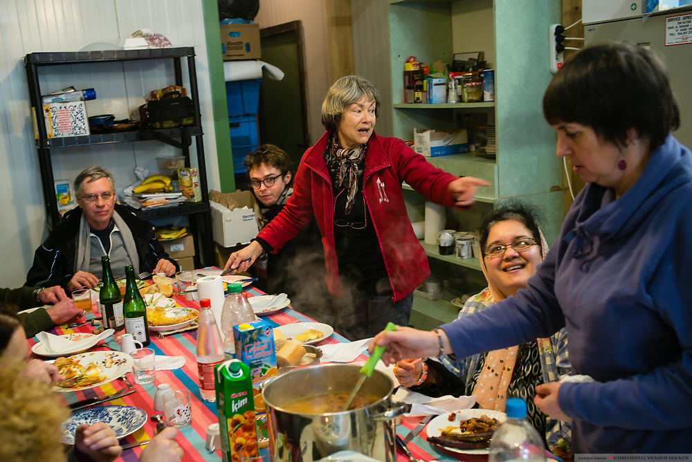 Calais, France, 5 Februari 2015, People from Auberge des Migrants cook every thursday a hot meal for +/- 500 migrants of the jungles and squat of south calais.