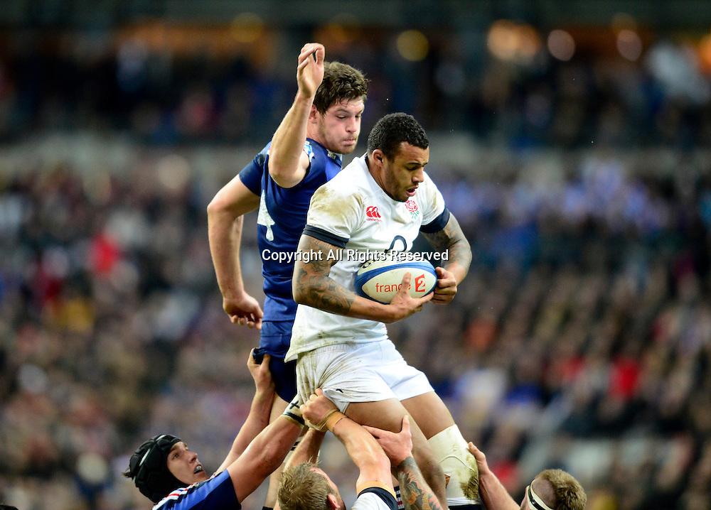 01.02.2014. Stade de France, Paris, France. 6 Nations International Rugby Union. France versus England. Alexandre Flanquart ( France ) - Courtney Lawes ( Eng )