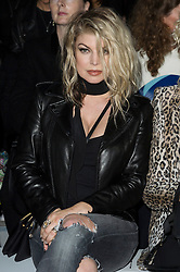 © Licensed to London News Pictures. 17/09/2016.  FERGIE attends the GARETH PUGH Spring/Summer 2017 show. Models, buyers, celebrities and the stylish descend upon London Fashion Week for the Spring/Summer 2017 clothes collection shows. London, UK. Photo credit: Ray Tang/LNP