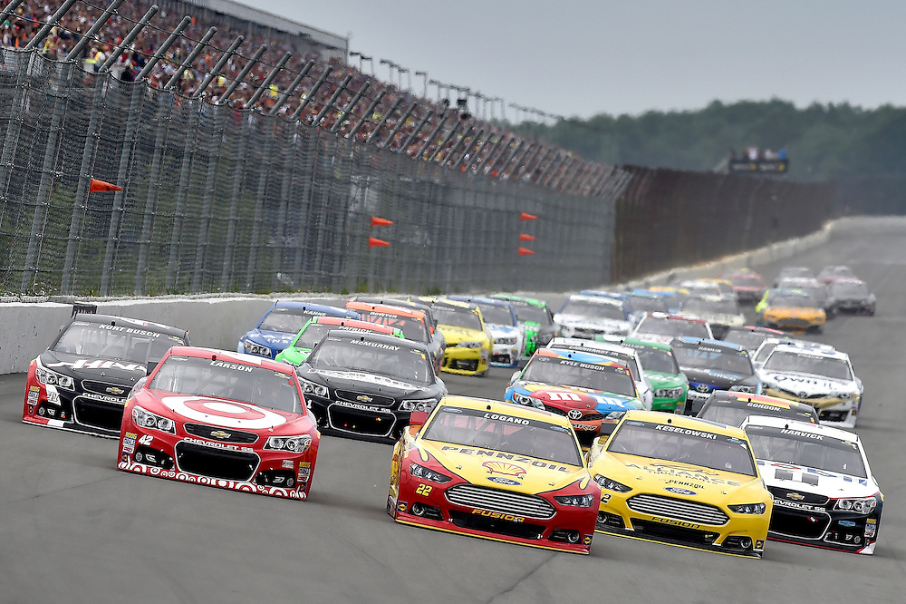 1-3 August, 2014, Long Pond, Pennsylvania USA<br /> Kurt Busch, Kyle Larson, Joey Logano, Brad Keselowski, Kevin Harvick, Start<br /> &copy;2014, Scott R LePage <br /> LAT Photo USA
