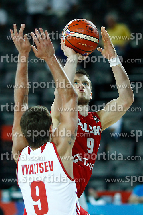 06.09.2015, Park Suites Arena, Montpellier, FRA, Russland vs Polen, Gruppe A, im Bild mateusz ponitka // during the FIBA Eurobasket 2015, group A match between Russia and Poland at the Park Suites Arena in Montpellier, France on 2015/09/06. EXPA Pictures &copy; 2015, PhotoCredit: EXPA/ Newspix/ Artur Podlewski<br /> <br /> *****ATTENTION - for AUT, SLO, CRO, SRB, BIH, MAZ, TUR, SUI, SWE only*****