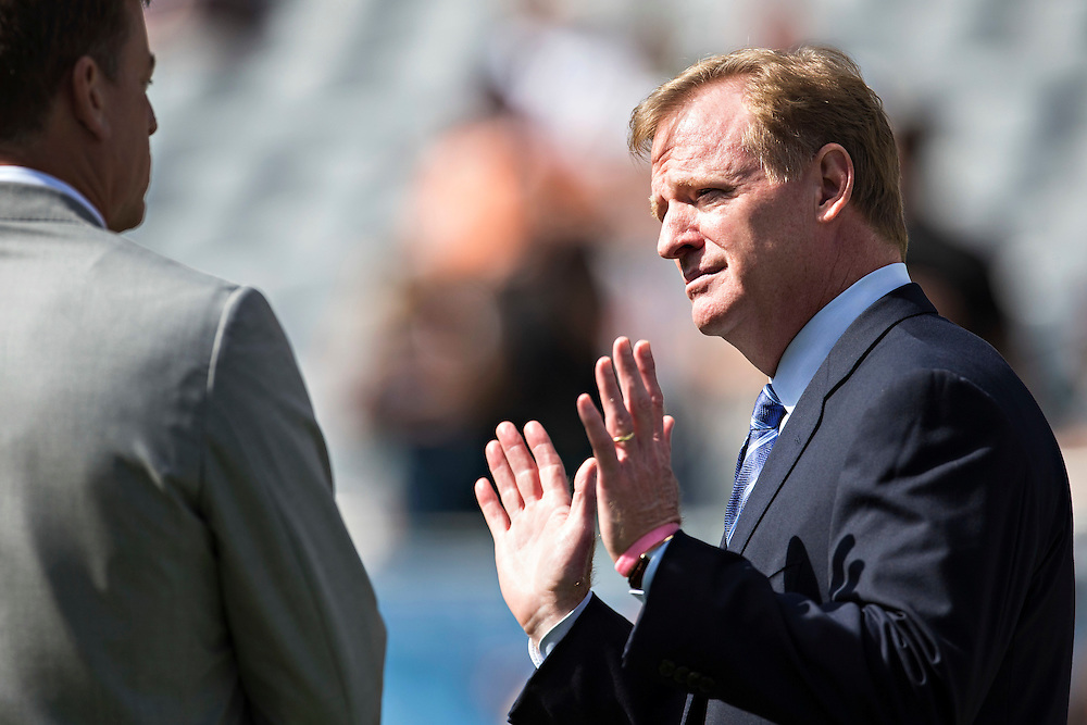CHICAGO, IL - SEPTEMBER 13:  Troy Aikman and Commissioner Roger Goodell talk on the sidelines before a game between the Chicago Bears and the Green Bay Packers at Soldier Field on September 13, 2015 in Chicago, Illinois.  The Packers defeated the Bears 31-23.  (Photo by Wesley Hitt/Getty Images) *** Local Caption *** Troy Aikman; Roger Goodell