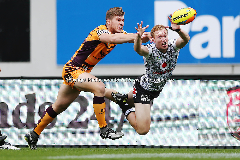 Henare Wells of the Warriors dives for a touch down against Jai Arrow of the Broncos during Day 2 of the NRL Auckland Nines Rugby League Tournament, Eden Park, Auckland, New Zealand. Sunday 7 February 2016. Photo: Anthony Au-Yeung / www.photosport.nz