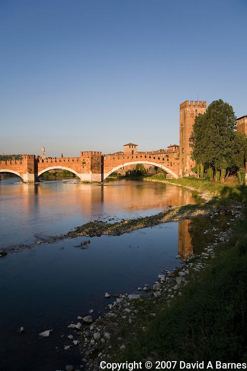 Adige River, Ponte Scaligero, Castelvecchio, Verona, Venetia, Italy