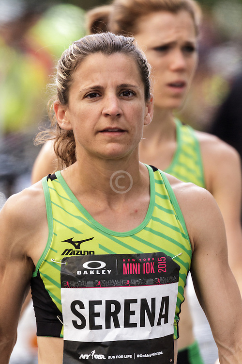 NYRR Oakley Mini 10K for Women: Serena Burla, Mizuno