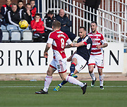 Dundee&rsquo;s Tom Hateley - Dundee v Hamilton Academical in the Ladbrokes Scottish Premiership at Dens Park, Dundee, Photo: David Young<br /> <br />  - &copy; David Young - www.davidyoungphoto.co.uk - email: davidyoungphoto@gmail.com