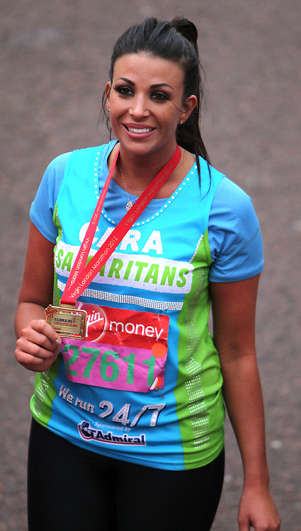Picture by Paul Terry/Focus Images Ltd. 07545642257.22/04/12.Cara Kilbey completes the 2012 Virgin London Marathon.