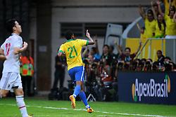 Jô, do Brasil, comemora após marcar gol durante a partida contra o Japão, válida pela primeira rodada da Copa das Confederações, no Estádio Nacional Mané Garrincha, em Brasília. FOTO: Jefferson Bernardes/Preview.com
