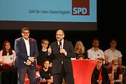 Mannheim. 19.09.17 | SPD-Kanzlerkandidat Martin Schulz im Capitol Mannheim.<br /> Im Wahlkampf zur Bundestagswahl unterstützt Kanzlerkandidat Martin Schulz Mannheims SPD Bundestagsabgeordneter Stefan Rebmann.<br /> <br /> <br /> BILD- ID 2383 |<br /> Bild: Markus Prosswitz 19SEP17 / masterpress (Bild ist honorarpflichtig - No Model Release!)