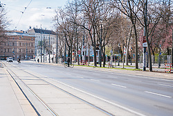 "THEMENBILD - leere Strassen am Ring in Folge des Coronavirus-Ausbruchs in Oesterreich, aufgenommen am 14.03.2020, Wien, Oesterreich // empty streets at the ""Ring"" as a result of the coronavirus outbreak in Austria, Vienna, Austria on 2020/03/14. EXPA Pictures © 2020, PhotoCredit: EXPA/ Florian Schroetter"