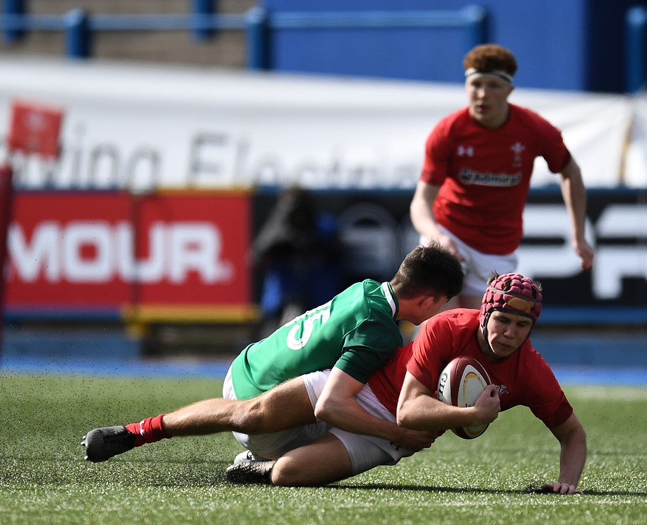 Wales U18s v Ireland U18s<br /> Photographer Mike Jones/Replay Images<br /> <br /> Wales U18's v Ireland U18's <br /> U18's Six Nations Festival <br /> Wednesday 4th April 2018 Cardiff Arms Park<br /> <br /> World Copyright © Replay Images . All rights reserved. info@replayimages.co.uk - http://replayimages.co.uk