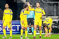 ALKMAAR - 20-10-2016, AZ - Maccabi Tel Aviv, AFAS Stadion, Maccabi Tel Aviv speler Haris Medunjanin gaf de assist op de 0-1 (2vr), Maccabi Tel Aviv speler Eyal Golasa (2vl).